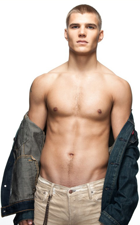 chris zylka photo
